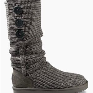 Women's Ugg Classic Cardy Sweater Boots Size 8